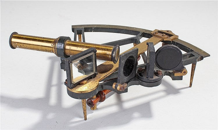 19th Century brass sextant, of small proportions, the scale to 140 degrees
