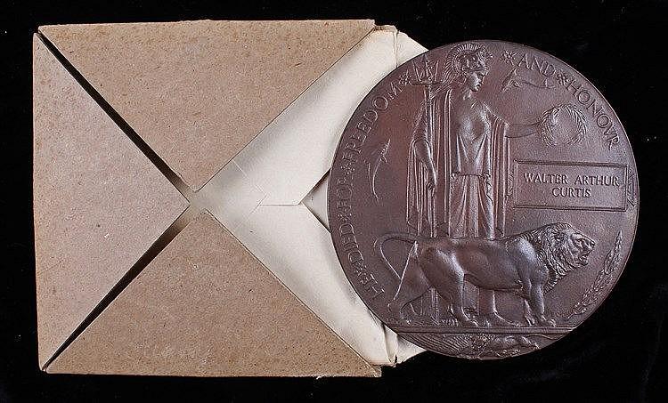 Suffolk Regiment First World War Death plaque, (Walter Arthur Curtis) 7676