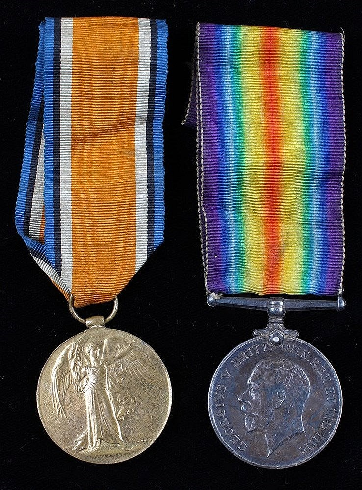 First World War pair, Victory and War medal, (159295 SPR. H.C. HOLLEY. R.E.