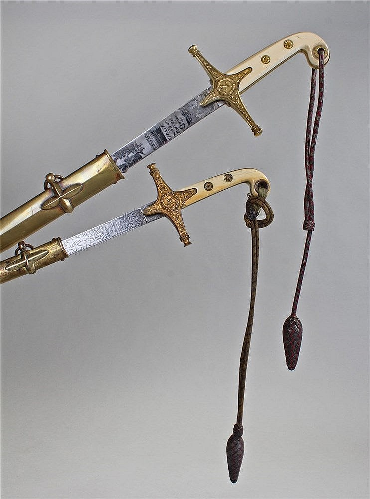 Exceedingly rare and fine pair of Victorian mameluke swords, Cater 56 Pall
