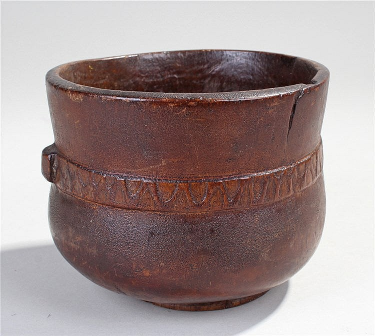 19th century ethnographic carved wooden bowl, the undulating bowl with carv