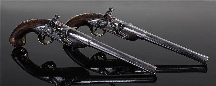 Fine pair of early 18th Century flintlock pistols, the pair at 30 bore with