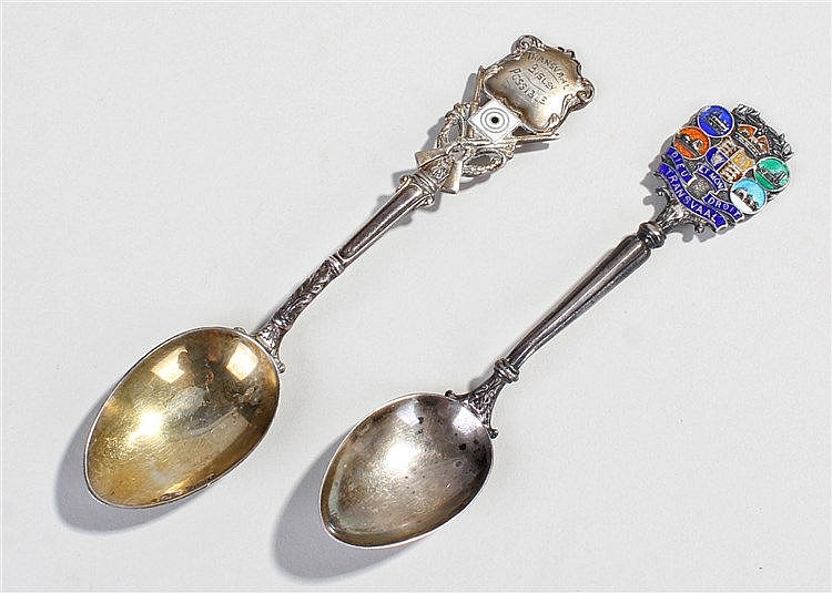 Two silver South Africa / Transvaal spoons, the first with crossed rifles a