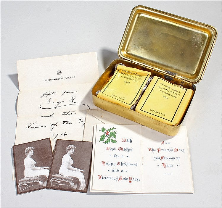 Rare First World War Christmas tin complete with contents and card box, wit