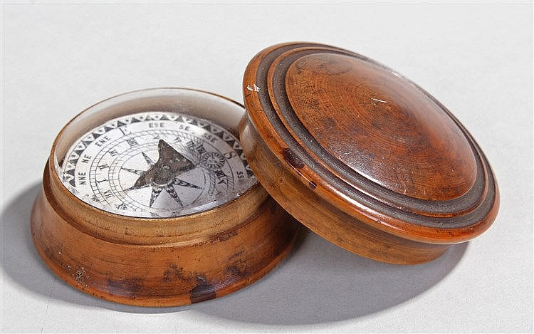 19th Century turned yew wood pocket compass, the dome top enclosing a glaze