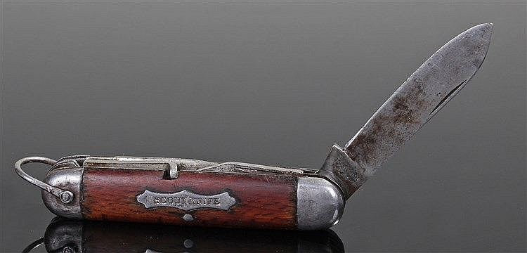 1930's Scout knife, the grip with an inset 'SCOUT KNIFE' plaque, with four