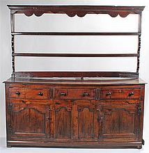 18th Century oak dresser and rack, the associated rack with two shelves, th