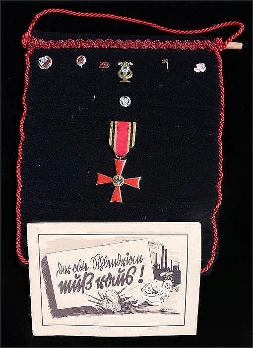 World War Two Third Reich propaganda cartoon booklet from the Armaments Min