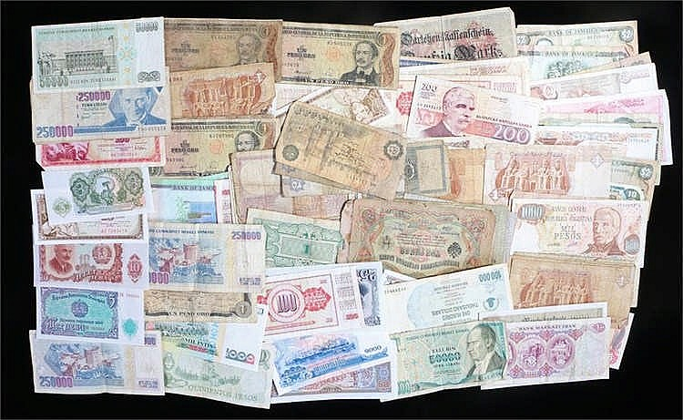 Banknotes, a collection of various Countries and denominations, (qty) - Sto