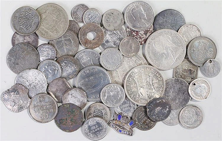 Mixed coins, to include Victoria Half Crown, George III Shillings, stamped
