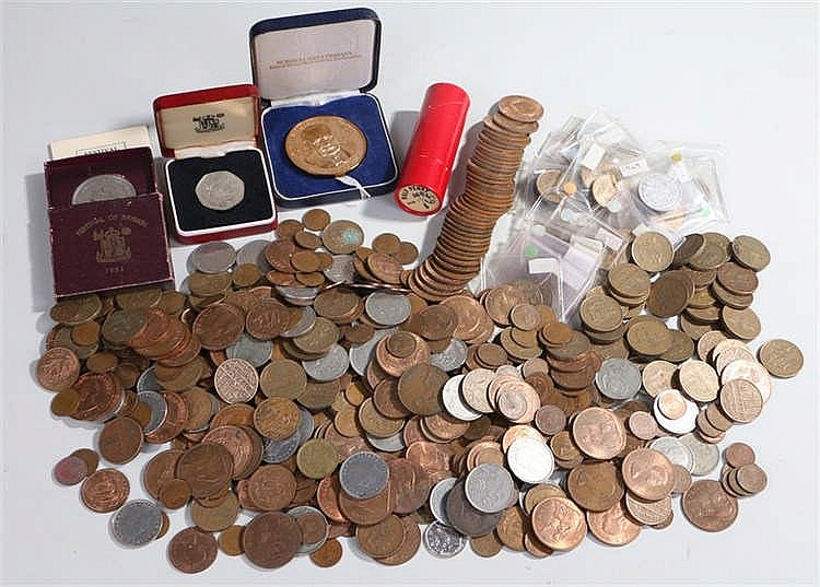 Collection of coins, to include UK and World coins, cased Churchill medalli