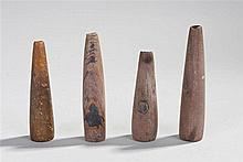 Four early 20th century African pipes largest 9cm (4) - Stock Ref:4753-10