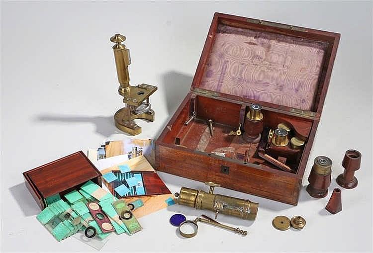 19th Century microscope, Le microscope pancratique, Alexandre Fischer de Mo
