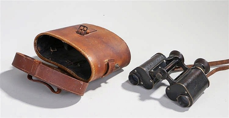 Pair of Carl Zeiss binoculars, Feldstecher 8 Fach, with leather grips and b
