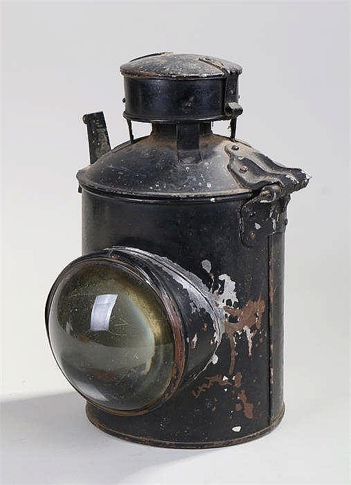 Black painted railway lamp with magnifying lens and hinged lid - Stock Ref: