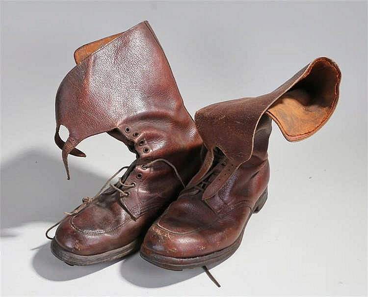 World War Two Pair of British army officers brown leather boots, laced with