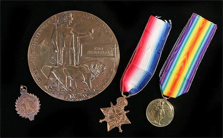 First World War pair and plaque, consisting of 1914-15 Star and Victory med