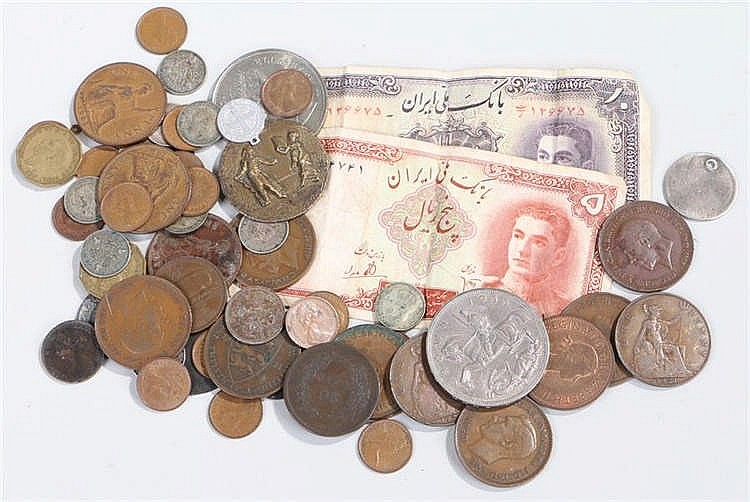 Collection of coins and banknotes, to include Crowns to smaller denominatio