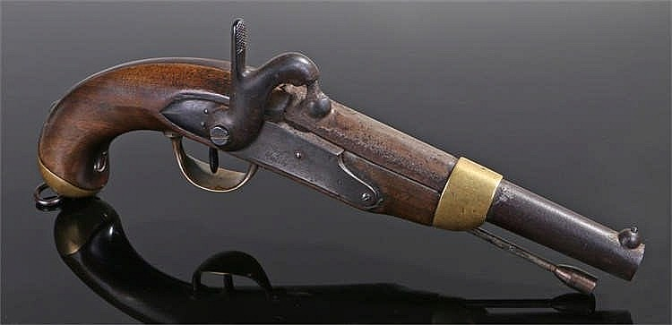 French 1842 pattern military percussion pistol, the lock signed for the