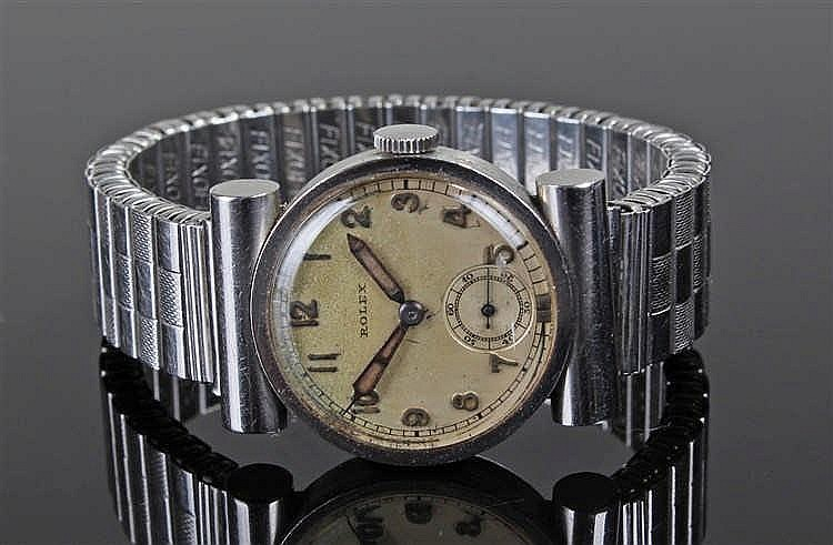 Rolex stainless steel gentleman's wristwatch, the champagne signed dial wit