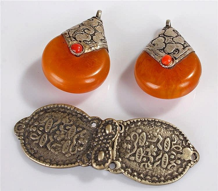 Pair of Middle Eastern amber type earrings, with white metal mounts, togeth
