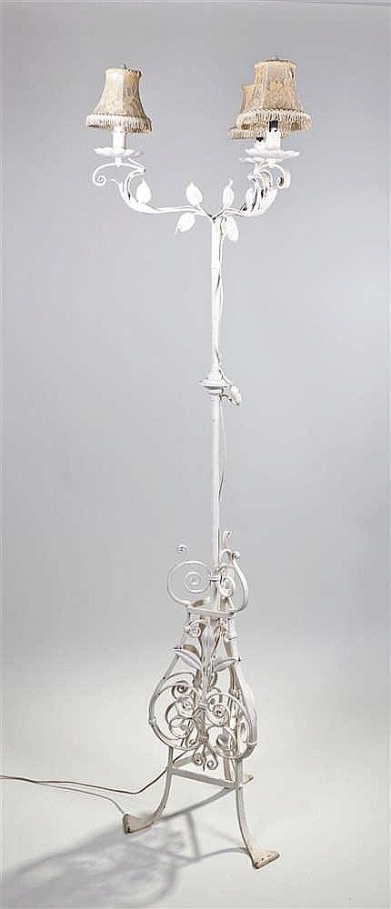 Standard lamp, the white painted lamp with leaf decoration, 179cm high