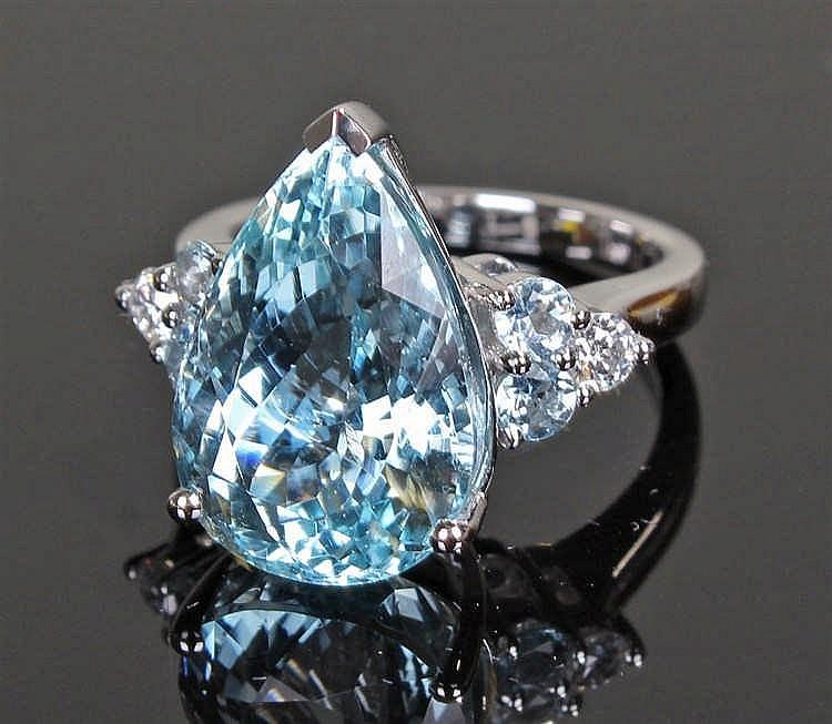David Jerome Collection Brazilian aquamarine and diamond ring, the pear cut