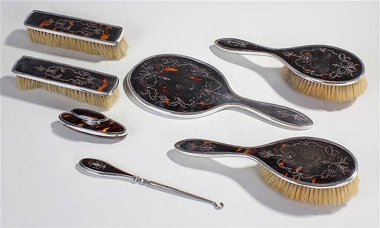 George V tortoiseshell with silver inlay vanity set, Birmingham 1921, to in