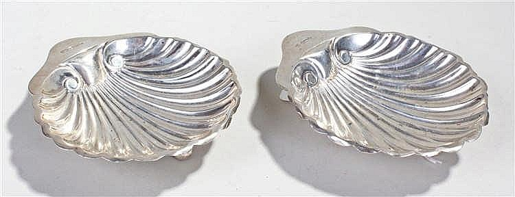 Edward VII pair of silver butter dishes, Sheffield 1909, maker George Hape,