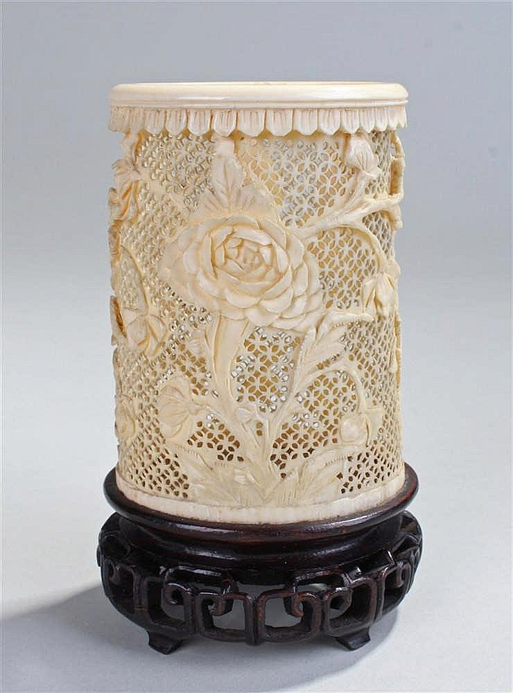 Early 20th Century Canton ivory brush pot, carved with flowers on lattice w