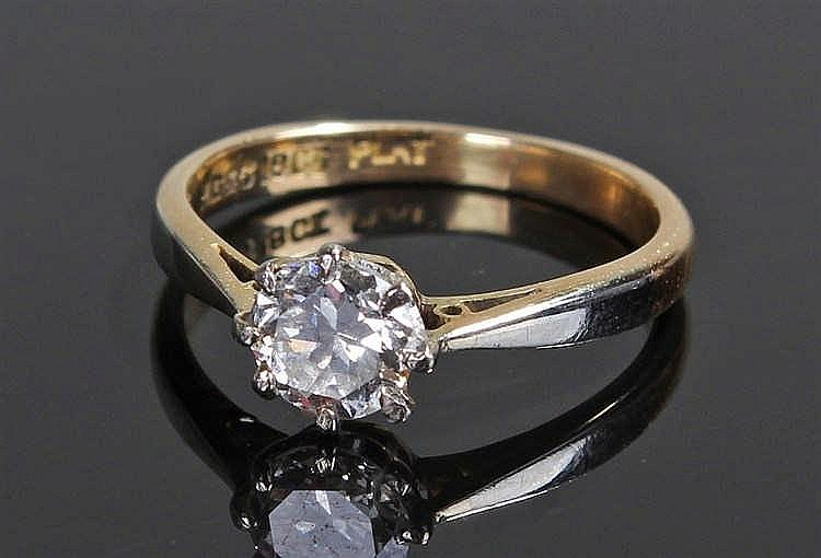 18 carat gold and diamond ring, the single diamond at approximately 0.50 ca