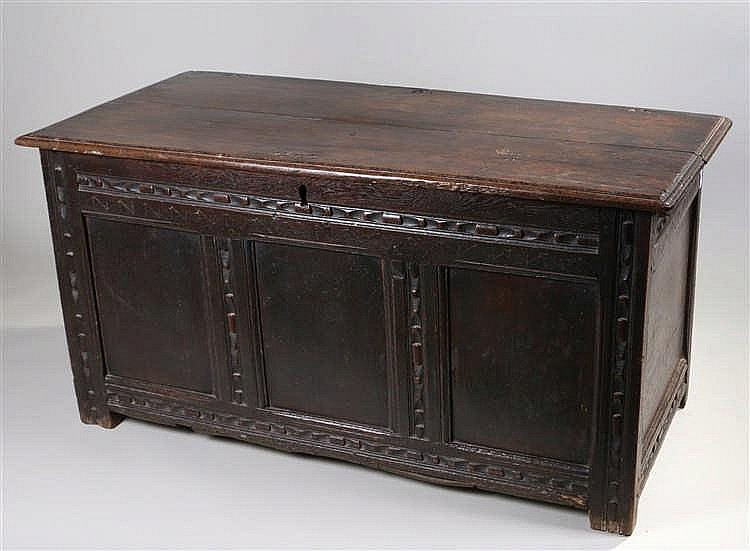 17th Century oak coffer, the rectangular hinged top enclosing storage space