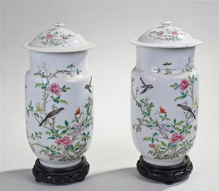Pair of Chinese porcelain vases and covers, the covers with flower decorate