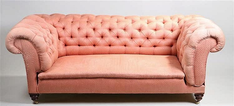 Victorian Chesterfield settee, the button stuff over back with drop arm abo