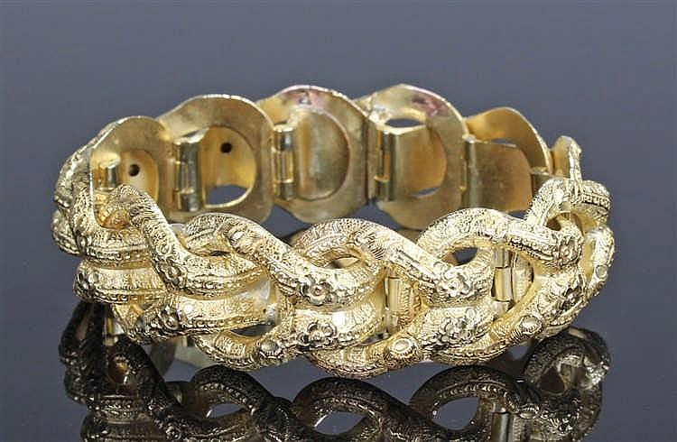 Victorian gold bracelet, the arched links engraved with roses, 16cm long, h