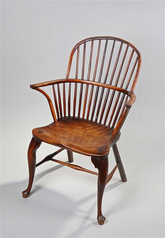 18th Century ash and fruitwood Windsor chair, the arched spindle back above