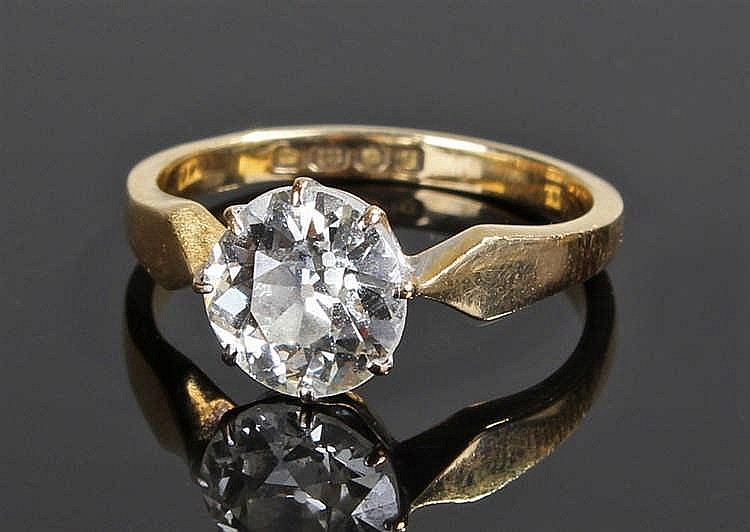 Fine 18 carat gold diamond solitaire ring, the single old cut diamond at ap