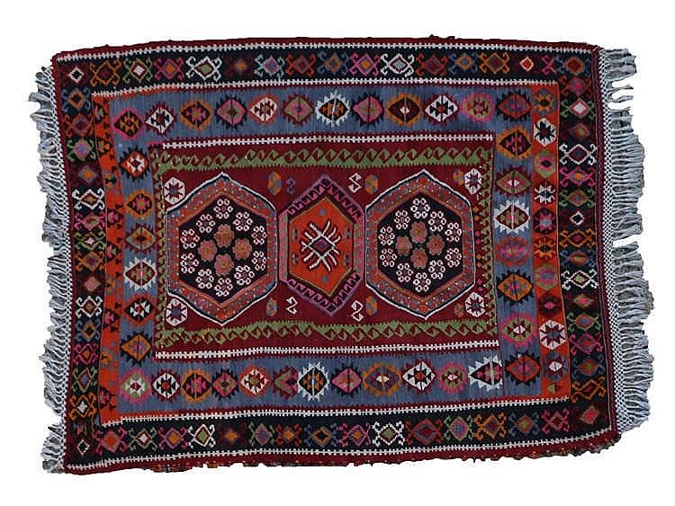 Qashqai rug, with three central medallions, red, blue and black borders wit