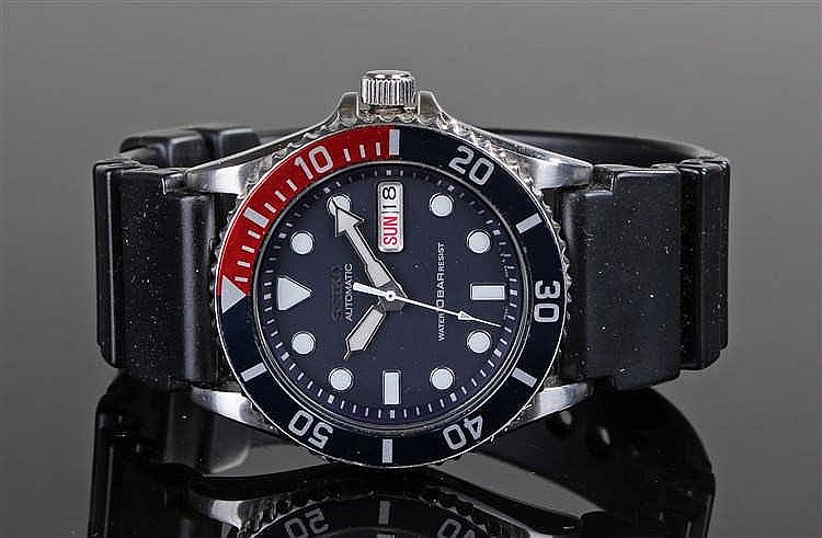 Seiko Automatic gentleman's stainless steel divers wristwatch, the Pepsi be