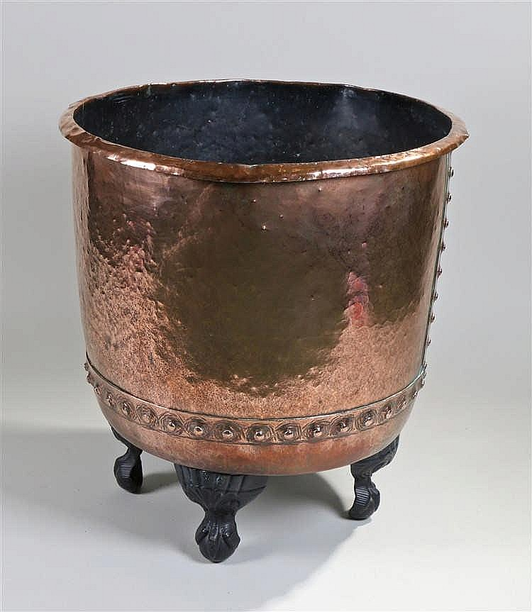 19th Century copper measure/bucket, the tapering hammered copper with stud