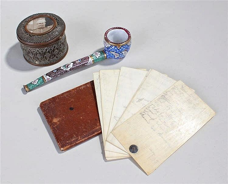 Works of art, to include an enamel pipe, an Aide de Memoir and a small box