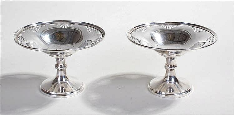 Pair of silver bonbon dishes, Birmingham 1925, maker S.L.& S Ltd, on pedest