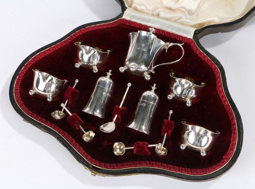 Victorian silver condiment set, London 1899, maker Henry Wilkinson & Co, consisting of four salts an