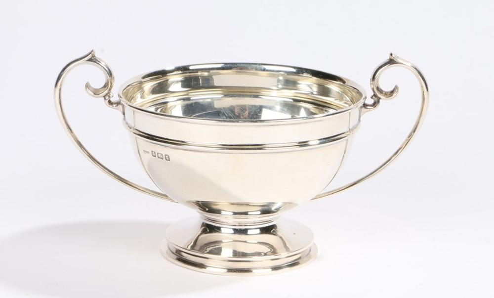 George V silver bowl, Birmingham 1918, maker Gorham Manufacturing Co, with twin scrolled handles, wa
