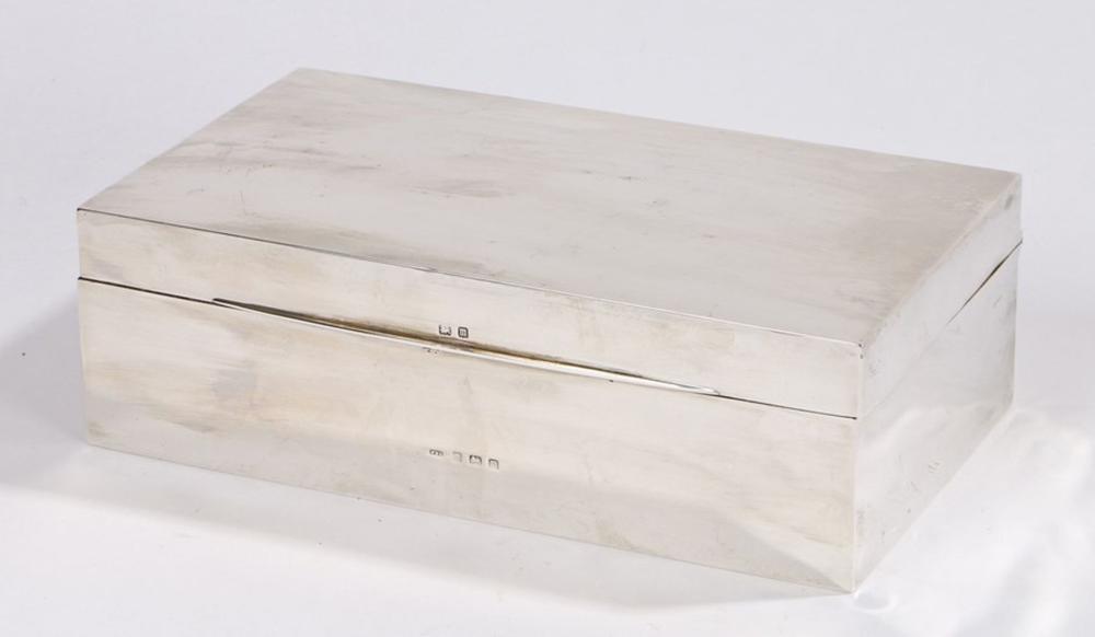 George V silver cigar box, Birmingham 1911, maker W H Haseler Ltd, of plain rectangular form, with a