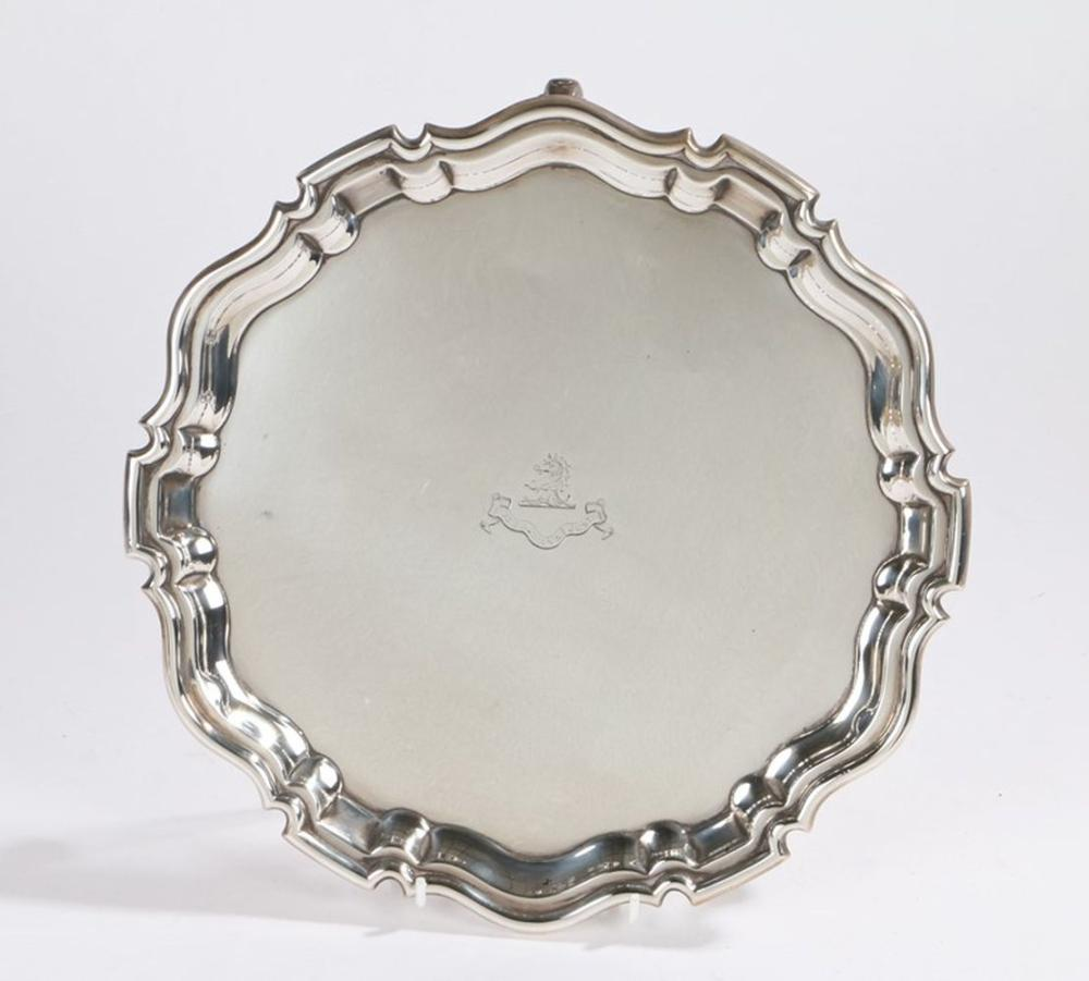 Edward VII silver salver, London 1907, maker Joseph Heming & Co, the central field with crest depict
