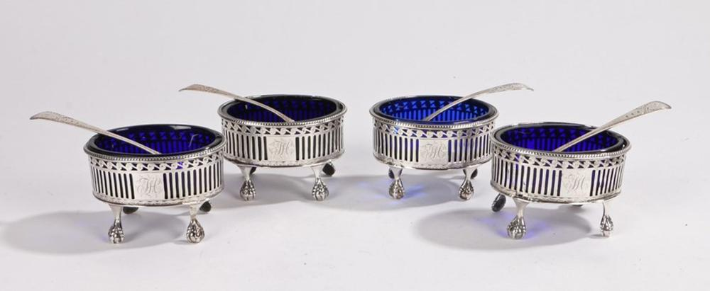 Set of four George III silver salts, London 1781, maker Philip Freeman, of oval form with beaded rim