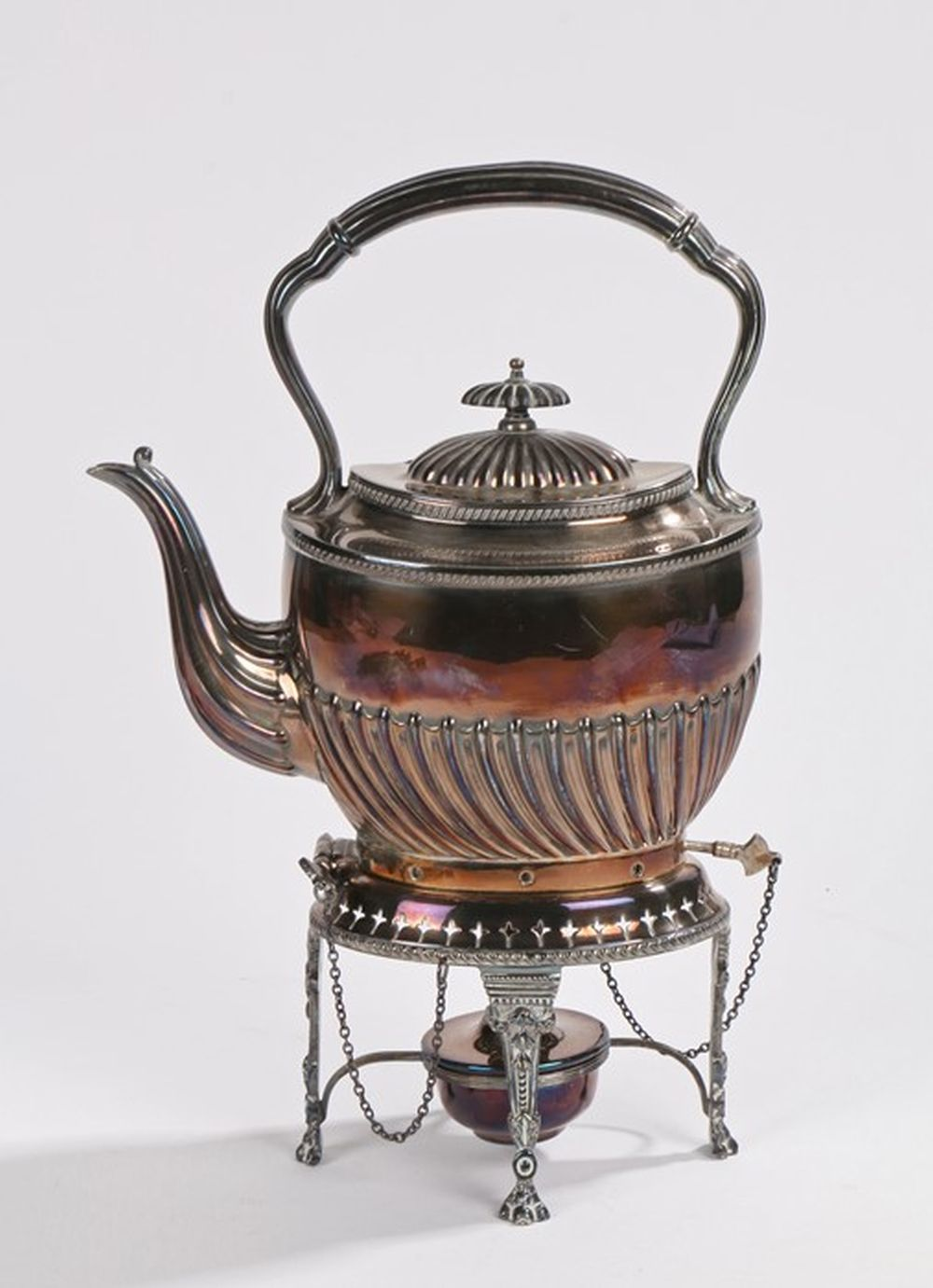 Plated tea kettle, stand and burner, with reeded handle, gadrooned hinged cover and body, on a pierc