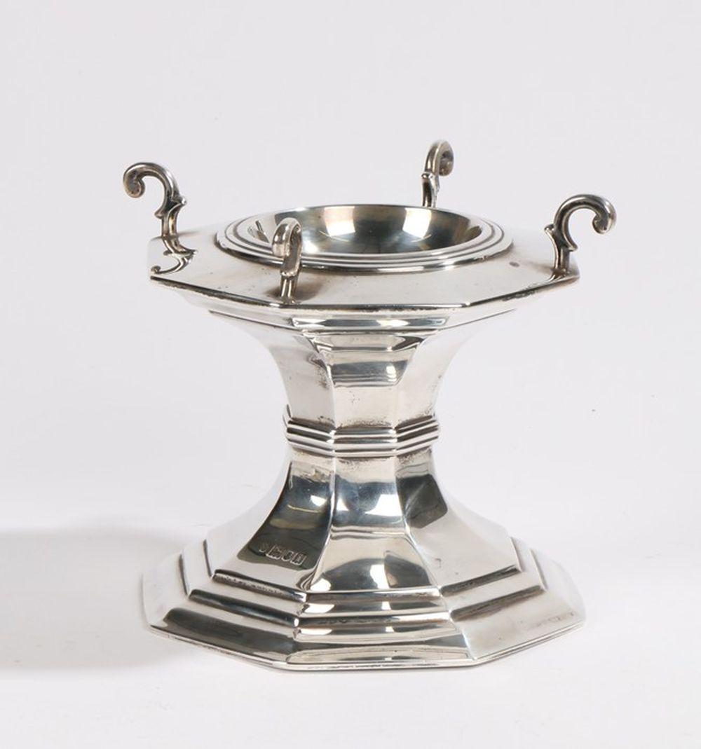 Edward VII silver pedestal, London 1904, maker C S Harris & Sons Ltd, with four cast scrolls flankin
