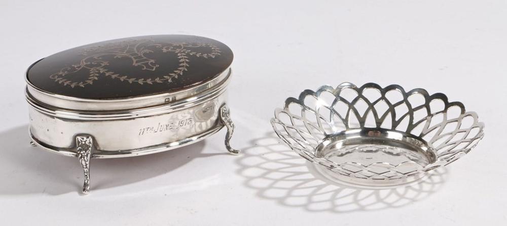 Edward VII silver bonbon dish, Birmingham 1906, maker Levi & Salaman, with pierced border, 9.5cm dia